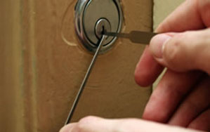 Door locks Rustington